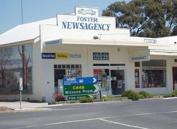 Foster newsagency interior 5